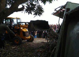 Tire Burst, Truck Accident, Accident in Muzaffar Nagar