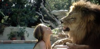Hollywood Actress,Melanie Griffith,Lion Pet,Photos