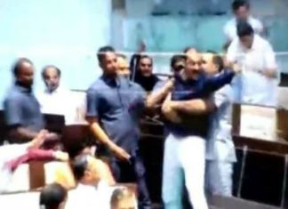 Gujrat Assembly, Congress MLA, BJP MLA, Ruckus In Gujrat Assembly