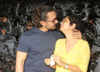 Bollywood Actor,Aamir Khan,kiss Wife Kiran Rao,Birthday Party