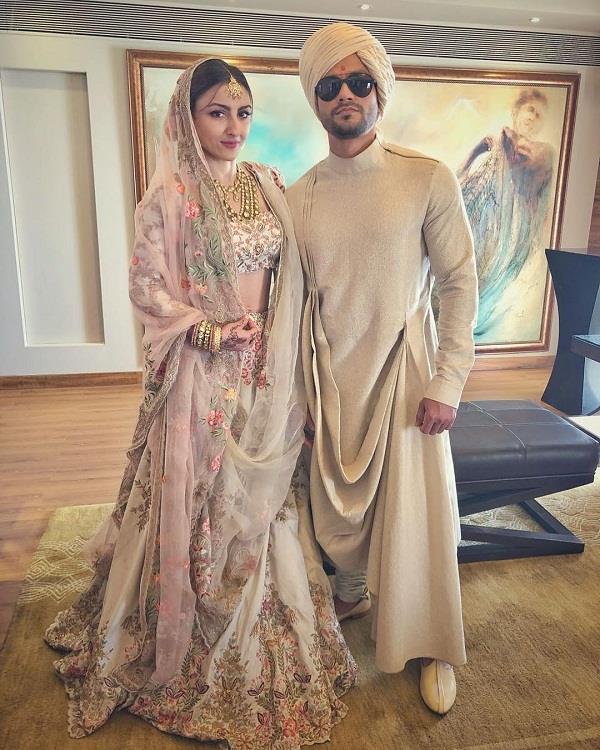 Bollywood Actors,Soha Ali Khan,Kunal Khemu,Husband And Wife,Wedding Photoshoot