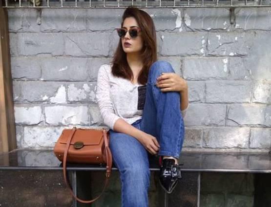 Television Actress Neha Pandse,May I Come In Madam,Actress Neha Bold Actress,Hot Pics Viral Bollywood