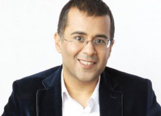 Chetan BHagat, April Fool, Tweet, Congress