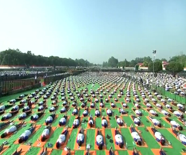 Varanasi, International Yoga Day 2018, PM Modi, BJP, Yoga