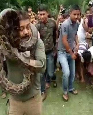 Python, Sanjay Dutta, Selfie, Video Viral