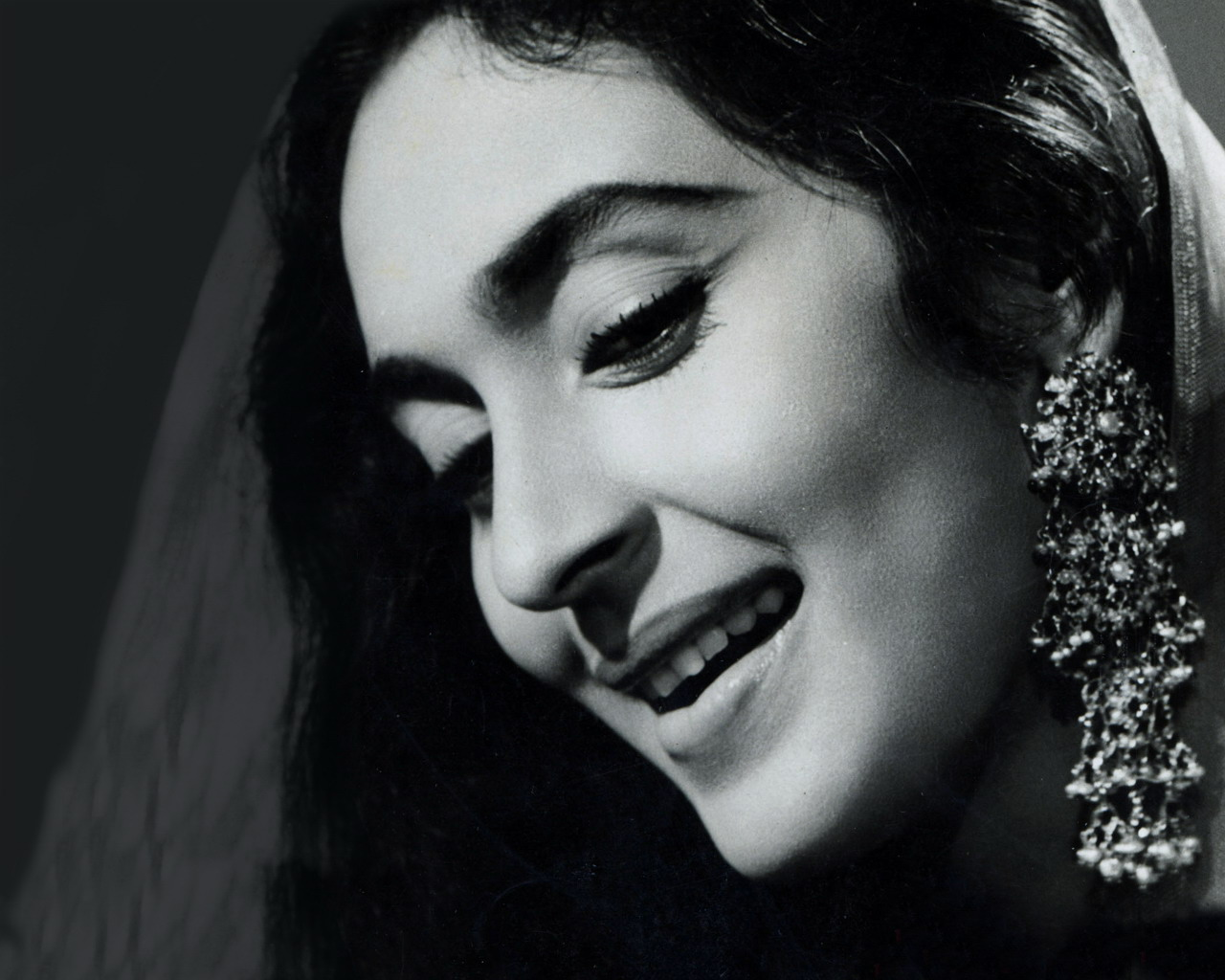 Bollywood Veteran Actress,Birthday Special,Nutan