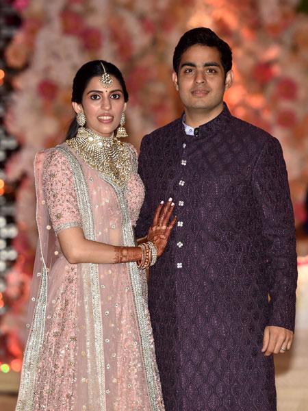 Mukesh Ambani, Reliance Industries, Shloka Mehta, Akash Ambani, Engagement