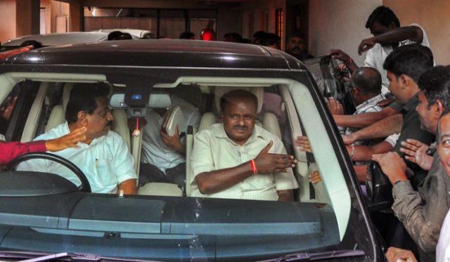 Karnataka CM, HD Kumaraswamy, Range Rover, SUV Car, Karnataka Minister