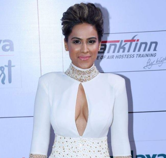 nia sharma,bold pictures,gold awards 2018