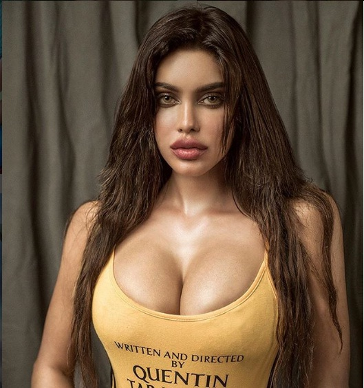 gizele thakral,hot pictures
