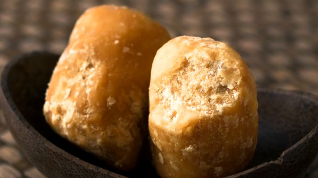 Jaggery benefits in Winter, Asthma, Blood Pressure, Cold, health News