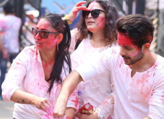 TV celeb holi5