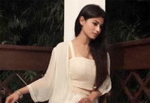 Television Actress,Mauni Roy,Share Pictures,Instagram,Glamorous Look
