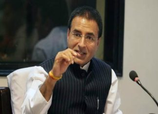 Congress spokesman Randeep Surjewala,Karnataka assembly election,HD Devgowda