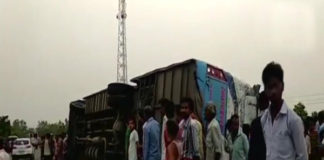 Mainpuri, tourist bus, death, injured, hospital ,police, dead bodies